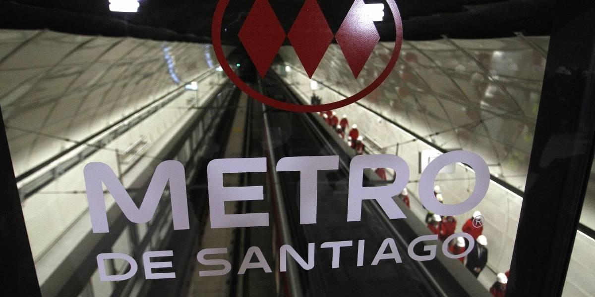 Persona se precipitó a las vías e interrumpe el servicio en la Línea 1 del Metro