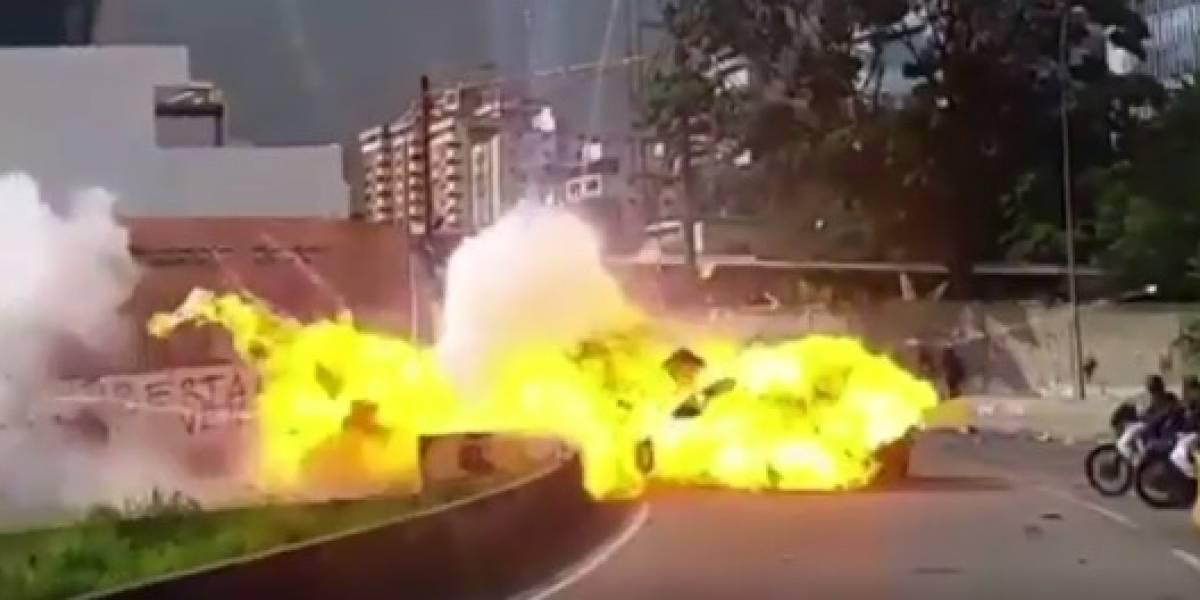 Siete militares heridos al estallar un explosivo durante protesta en Caracas