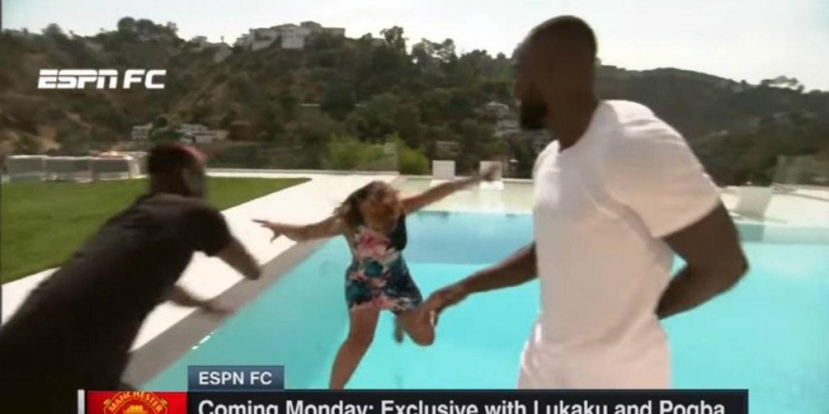 VIDEO: Pogba lanza a reportera de ESPN a la alberca