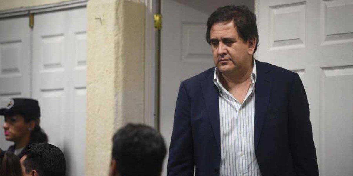 Gustavo Alejos sale de prisión tras ser beneficiado con arresto domiciliario