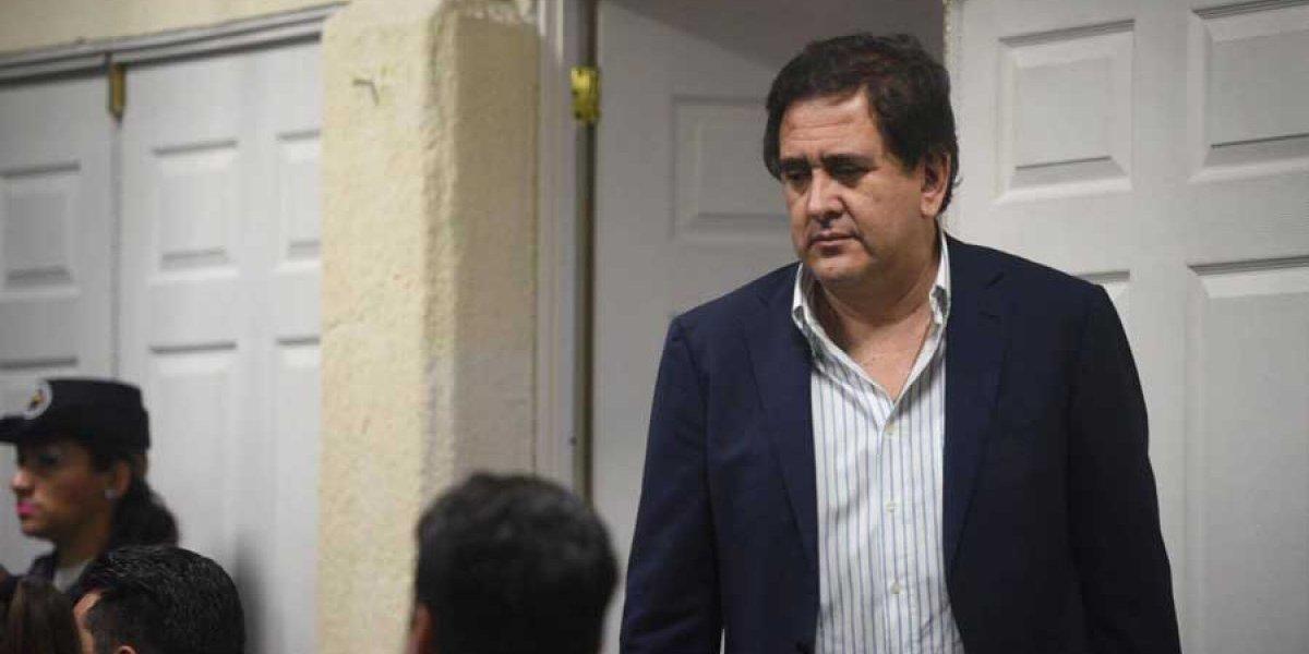 Gustavo Alejos será trasladado a un hospital esta semana
