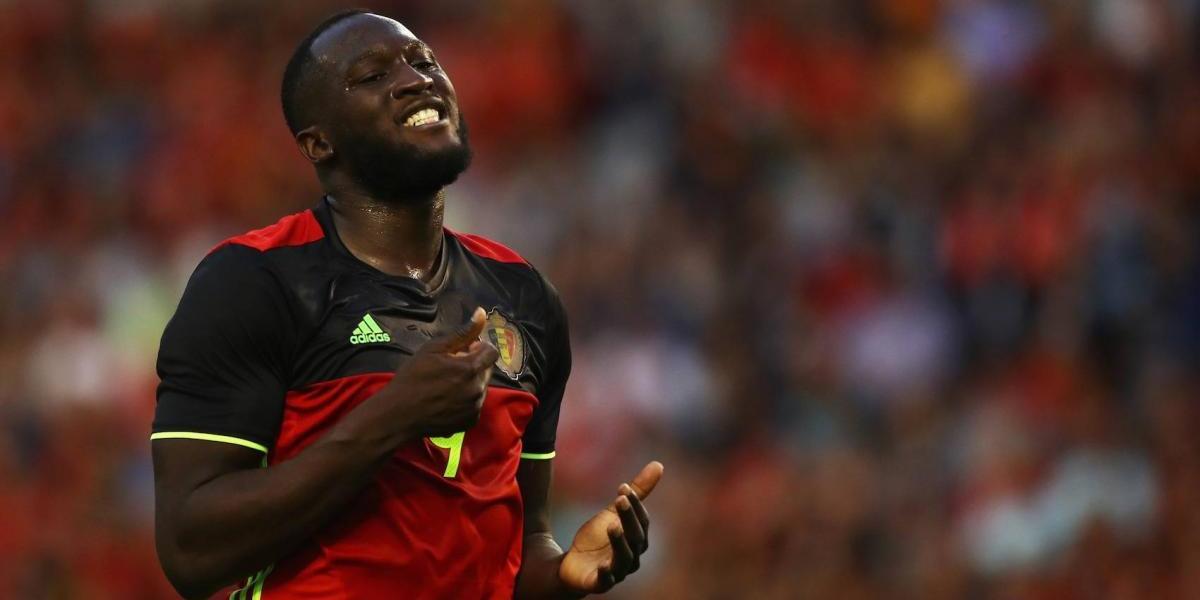 Manchester United hace oficial el fichaje de Lukaku