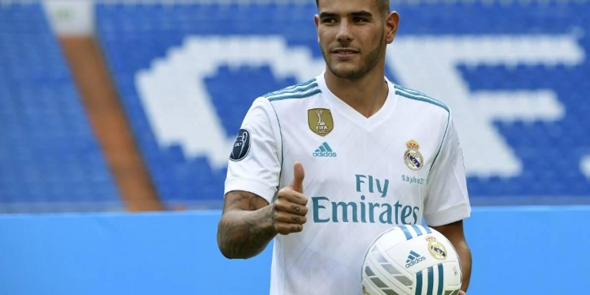 EN IMÁGENES. El Real Madrid presenta a Theo Hernández en el Bernabéu