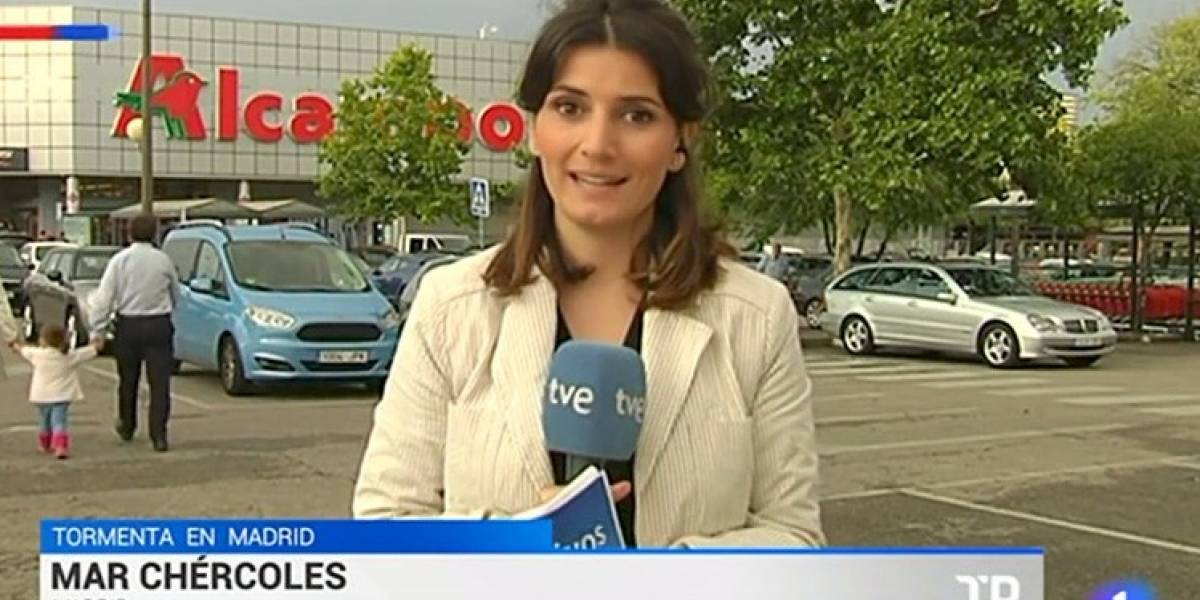VIDEO. Reportera comete un error y huye de la transmisión en vivo