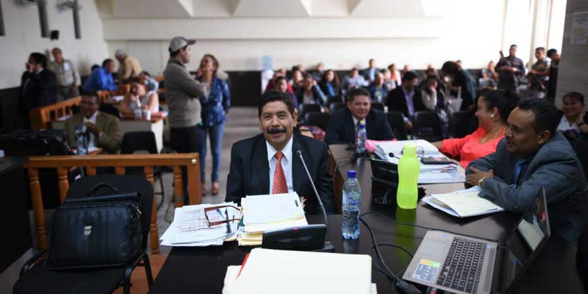 Exalcalde Adolfo Vivar es beneficiado con arresto domiciliario y sin pagar fianza