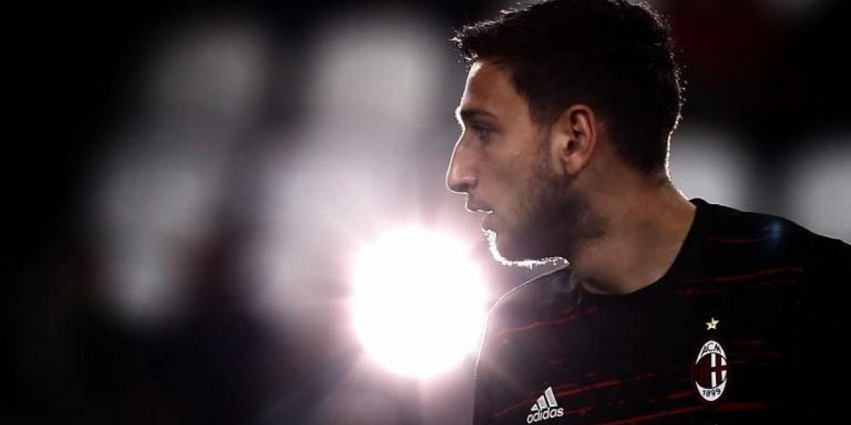 """""""El arquero del futuro"""" desechó el Real Madrid y se quedará en Milan"""