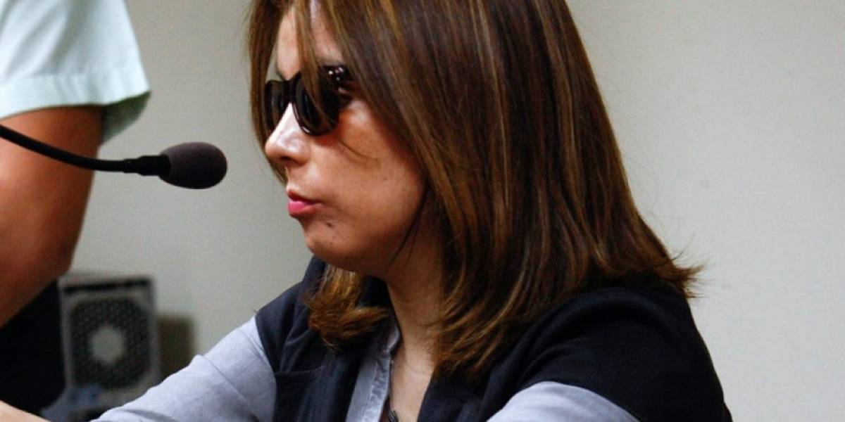 Internan a Nabila Rifo en hospital de Santiago tras sufrir grave caída en su vivienda