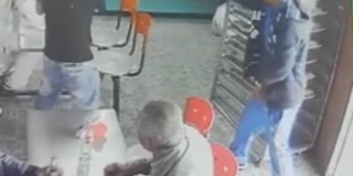 Video: ni en la panadería está seguro, así le robaron a un hombre el celular al sur de Bogotá