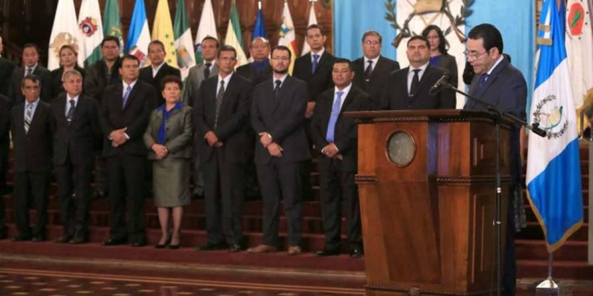 Corte ordena al presidente Jimmy Morales repetir designación de gobernadores