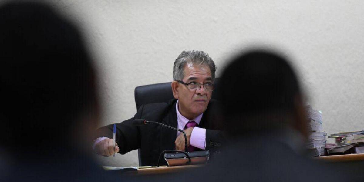 Juez Gálvez es citado por junta disciplinaria del Organismo Judicial