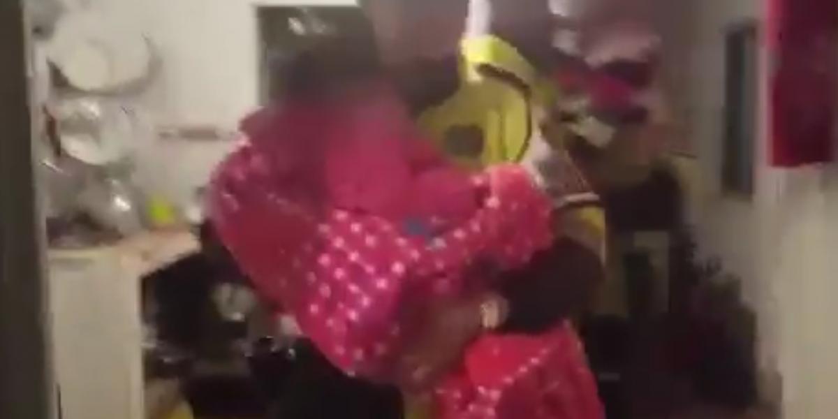 ¡Indignante! Dos menores de edad fueron abandonados en una vivienda ubicada al lado de un bar