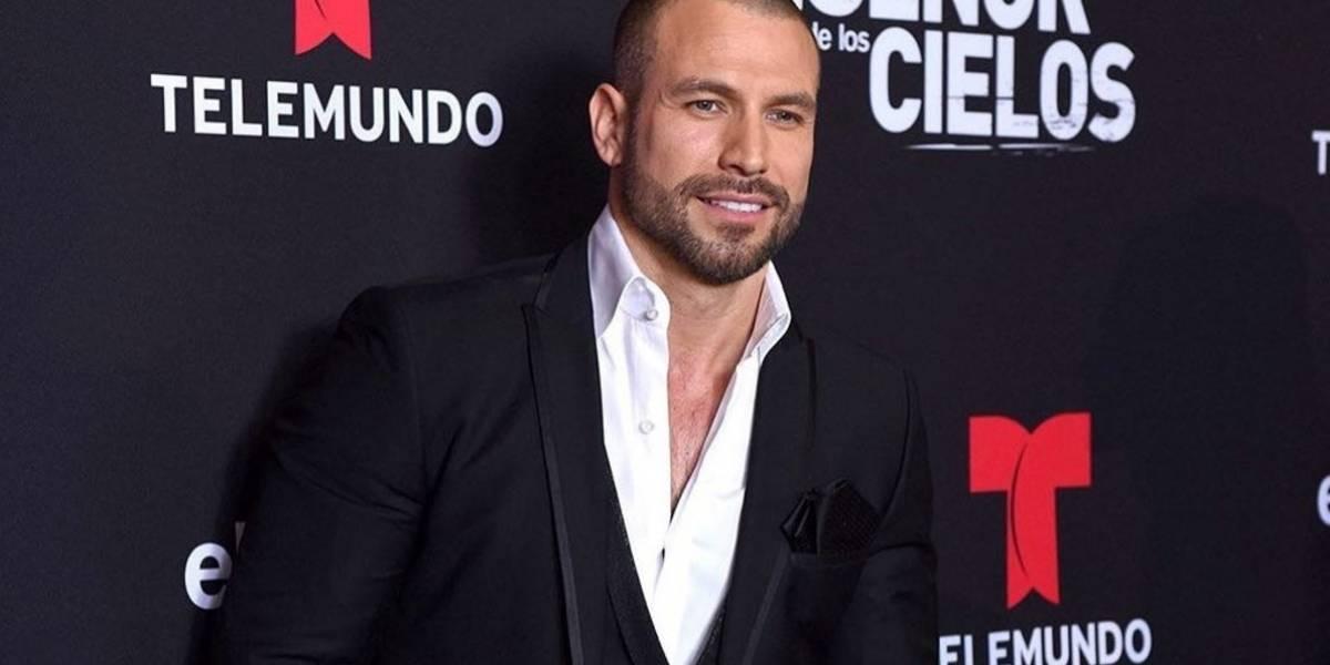 ¿A qué edad perdió su virginidad el actor Rafael Amaya?