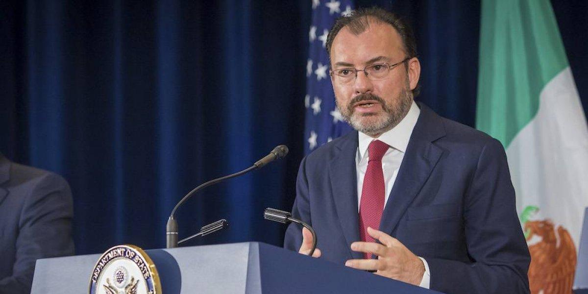 Videgaray condena espionaje fuera de la ley