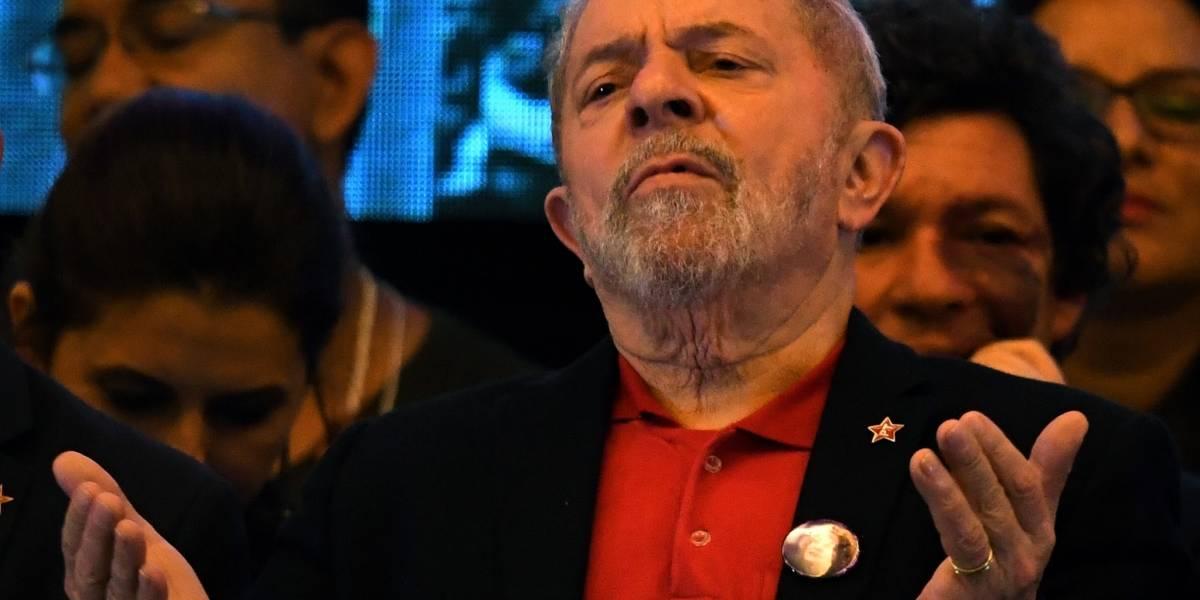 Condenan al ex presidente brasileño Lula da Silva a 9 años y medio de prisión