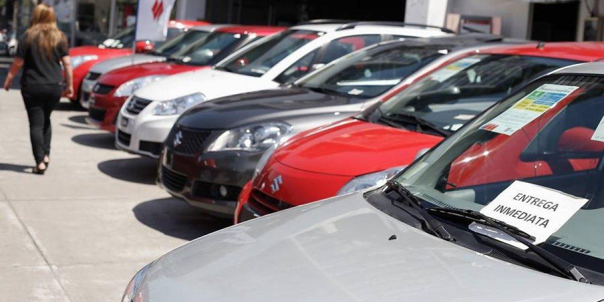 INE: sector automotriz estimula resultados del comercio