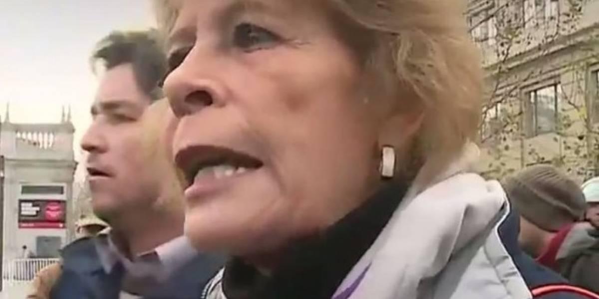 """""""Están legalizando la zoofilia y pedofilia"""": Canadá responde a defensora del """"bus de la libertad"""""""