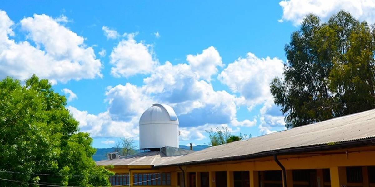El colegio de Santa Cruz que apunta a las estrellas