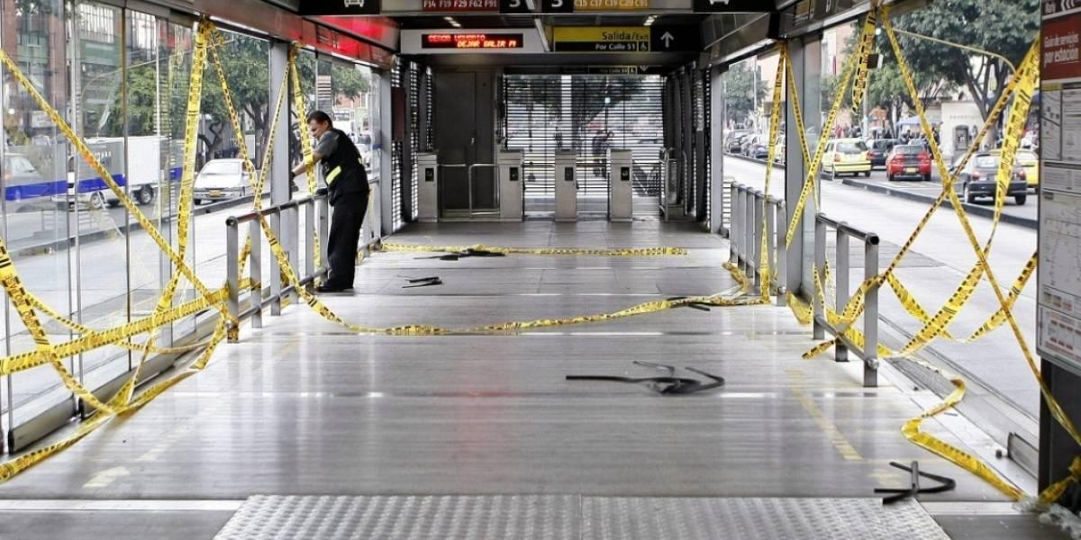 Joven murió asesinado en estación de TransMilenio
