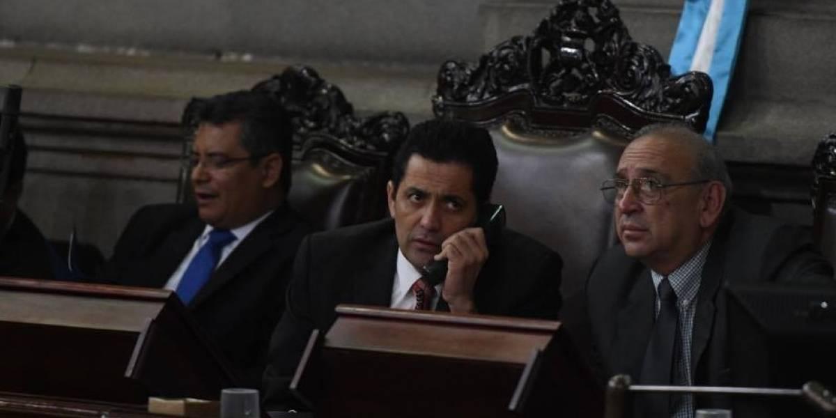 Renuncia encargado de Dirección General del Legislativo por pago de Bono 14 a diputados