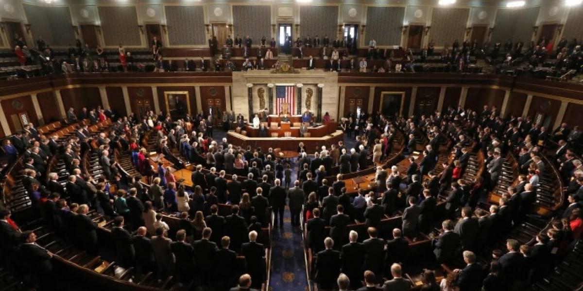 """Es oficial: Congresistas presentan artículo para """"impeachment"""" de Trump"""