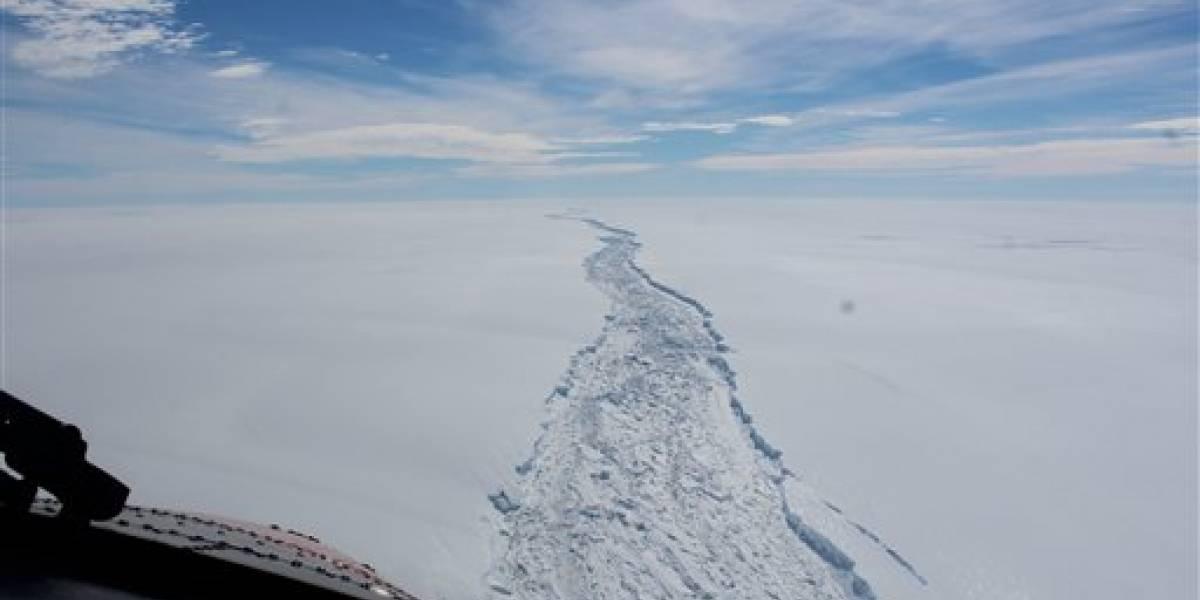 Iceberg colosal se separa de plataforma en la Antártida