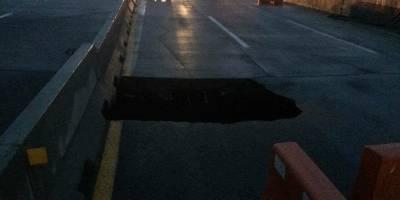 Se abre socavón en Paso Exprés de Cuernavaca cae un vehículo