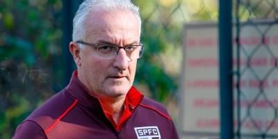 Dorival Júnior pede novo goleiro à diretoria do São Paulo