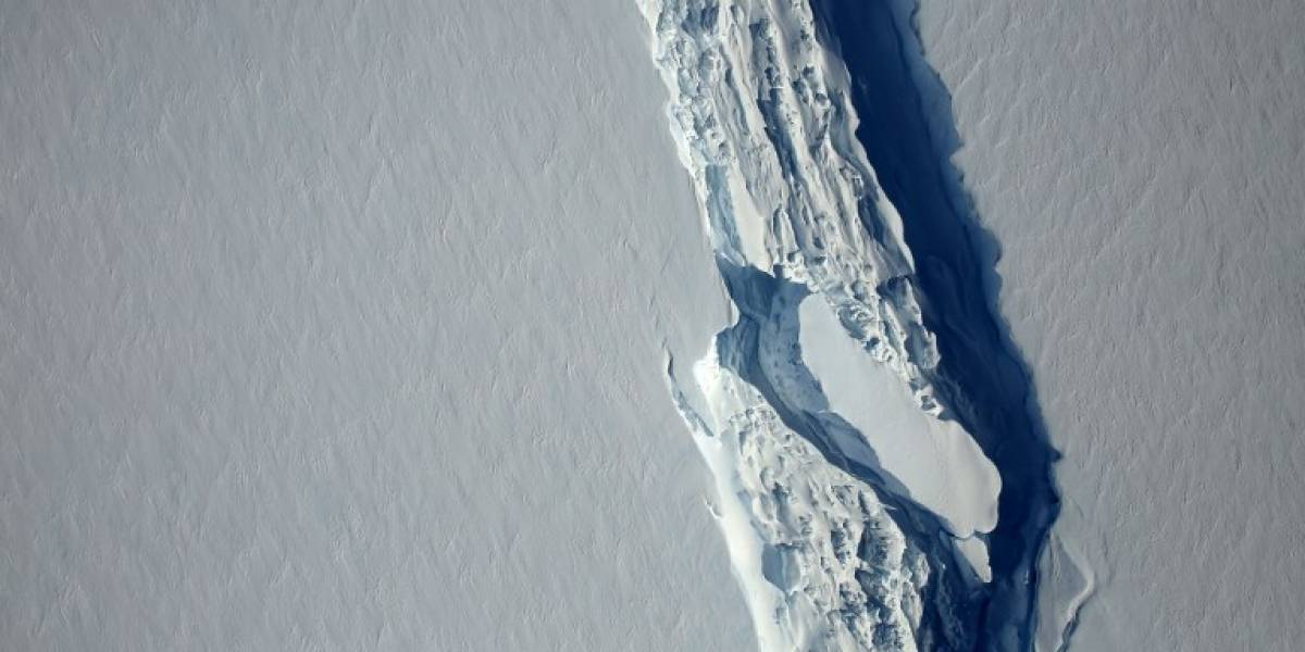 Se quebró la Antártica: Plataforma Larsen C pierde gigantesco iceberg de un trillón de toneladas