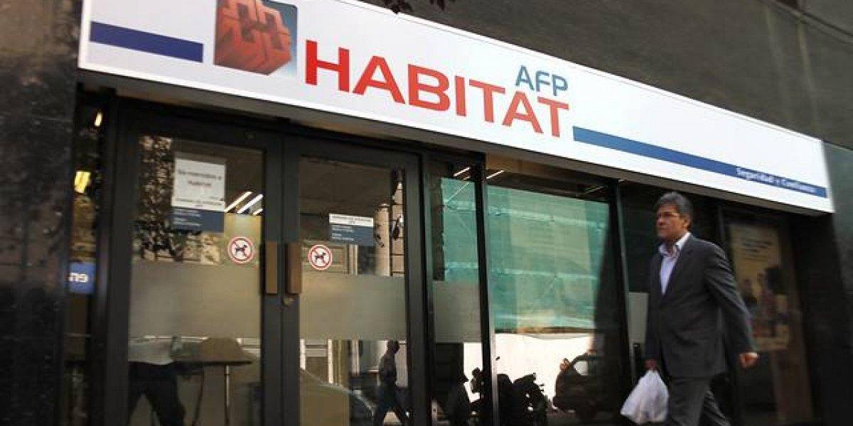 Justicia obliga a AFP Habitat a devolver fondos retenidos a extranjero que trabajó en Chile
