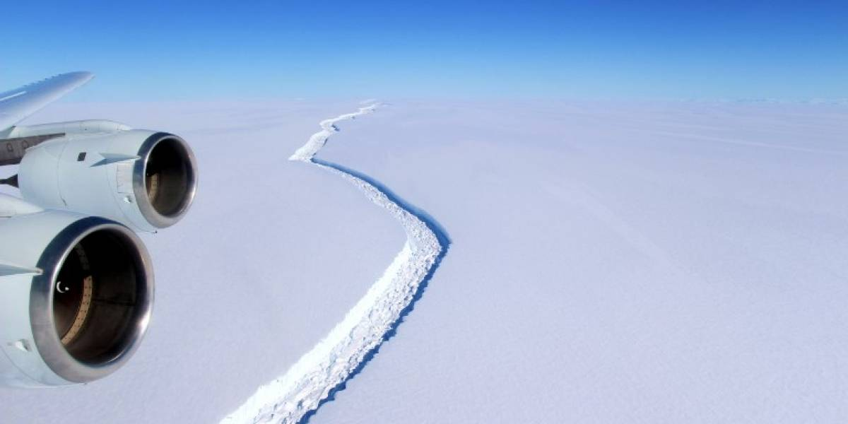 Más de un tercio de la Región Metropolitana: Así es el gigantesco iceberg se fracturó de la Antártica