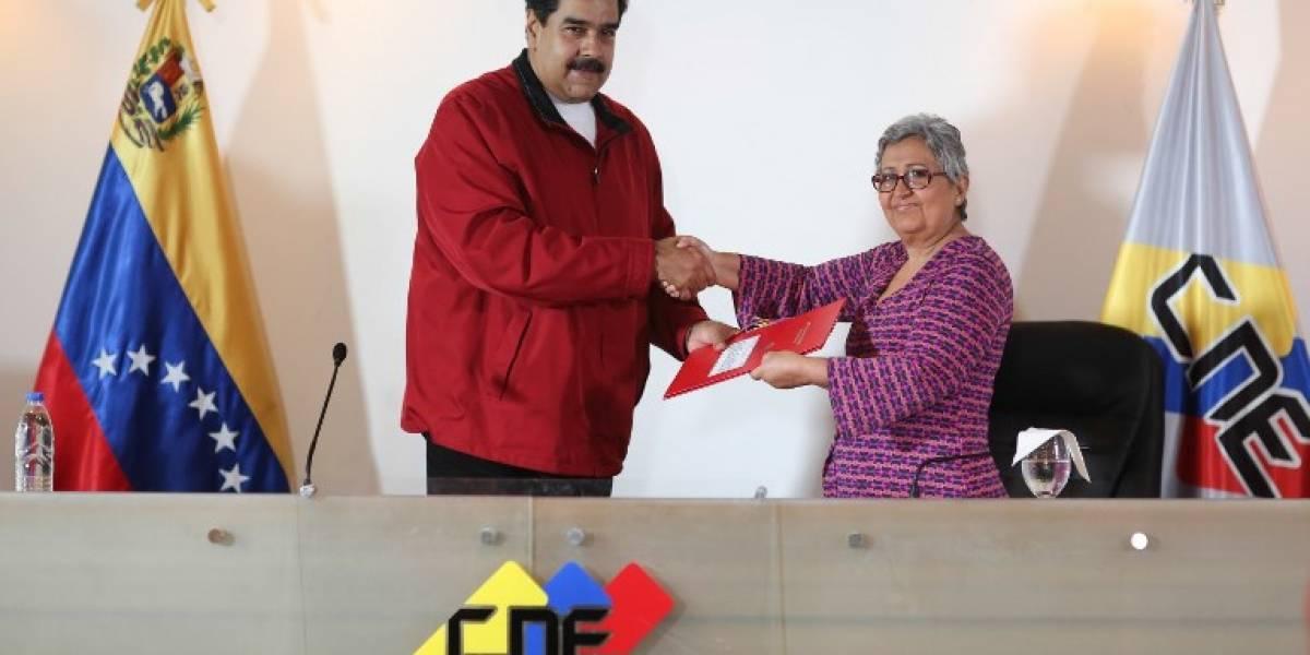 """Poder electoral venezolano considera plebiscito como una """"barricada"""""""