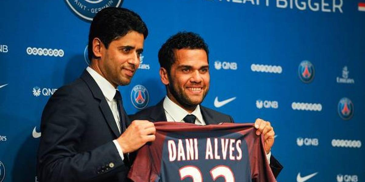 Dani Alves, nuevo jugador del París Saint-Germain