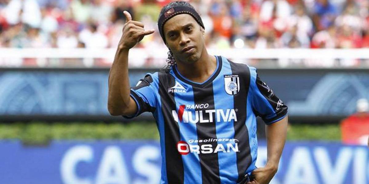 Dos años después Querétaro revela indisciplinas de Ronaldinho