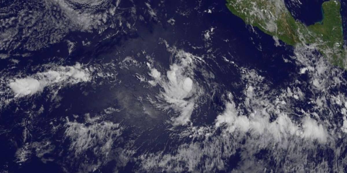 Tormenta tropical Fernanda se forma en el Pacífico