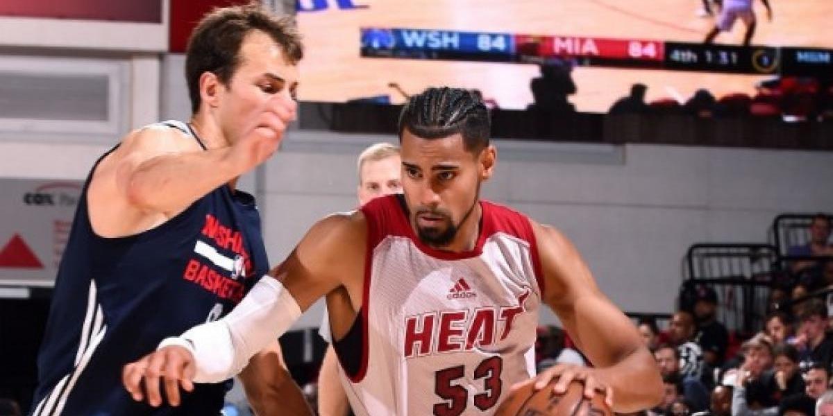 Gian Clavell se luce en juego de NBA Summer League