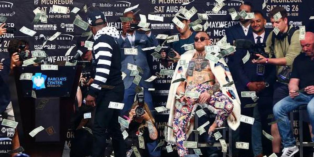 Lluvia de insultos y dólares entre Mayweather y McGregor en Nueva York