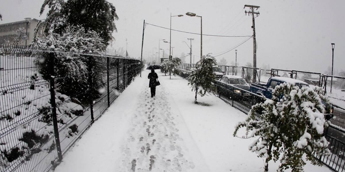 A la espera de la nieve: La última vez que Santiago quedó cubierto de blanco