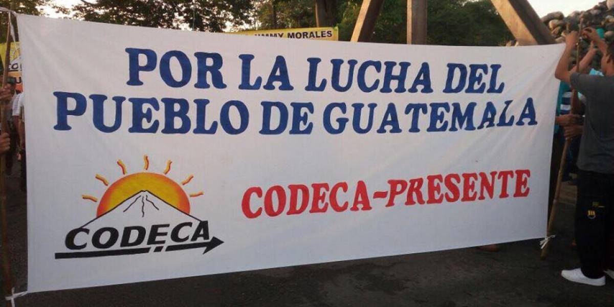 Campesinos de Guatemala mantienen protestas contra presidente Morales