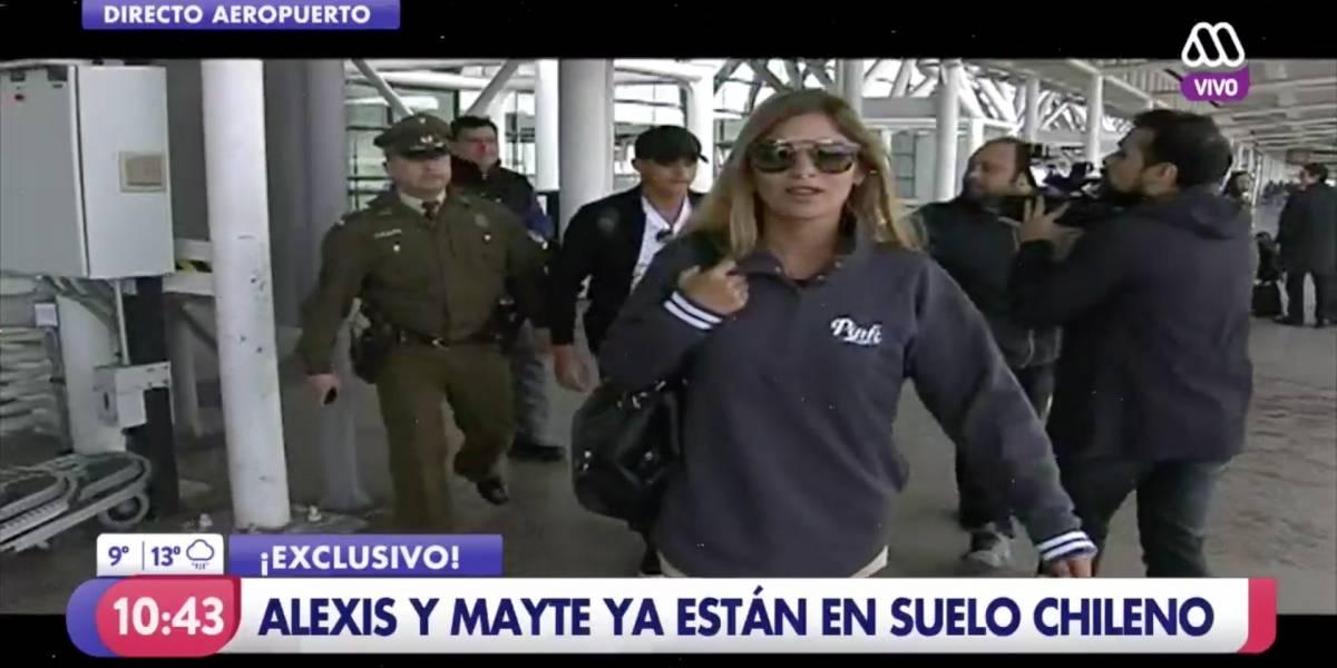 Alexis Sánchez y Mayte Rodríguez llegaron a Chile y podrían viajar juntos a Tocopilla