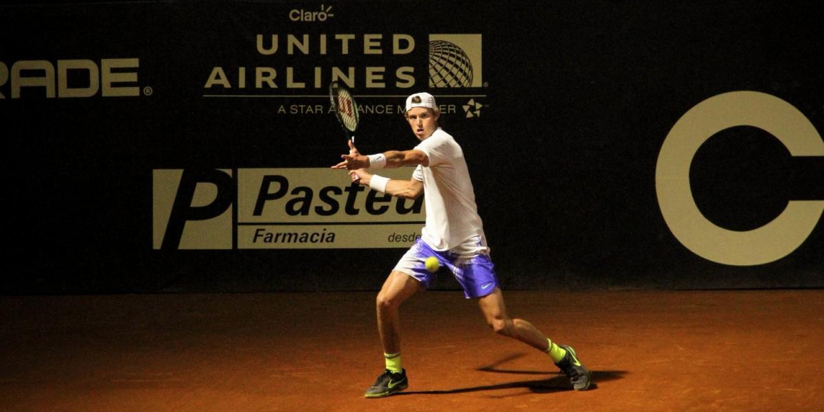 Nicolás Jarry luchó para avanzar a cuartos en el Challenger de Medellín