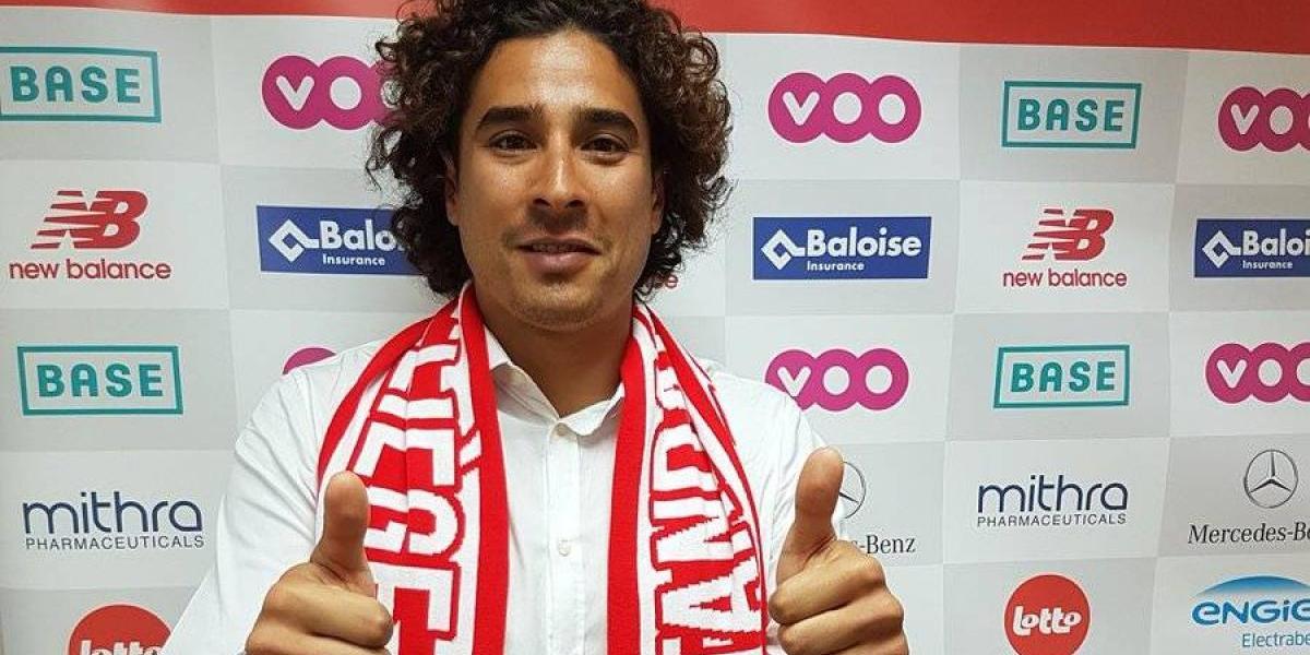 ¡Estrena número! 'Memo' Ochoa es presentado con el Standard Lieja