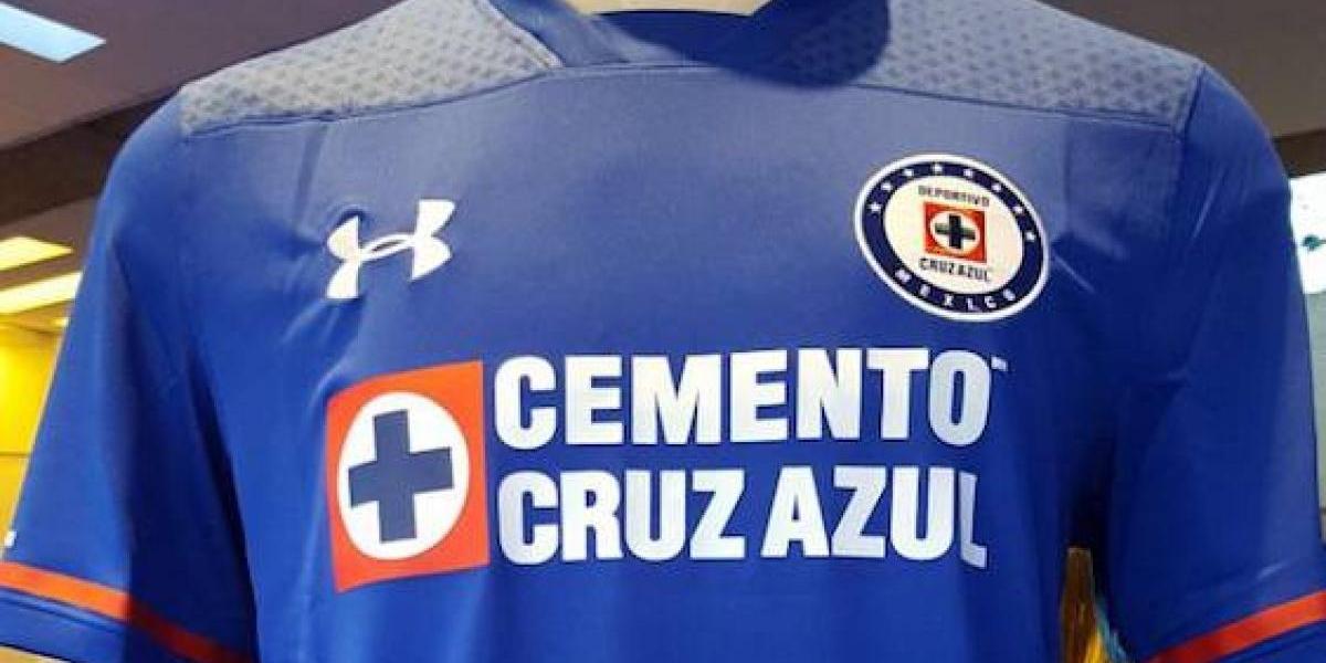 Cruz Azul presenta la playera con la que buscará la novena estrella