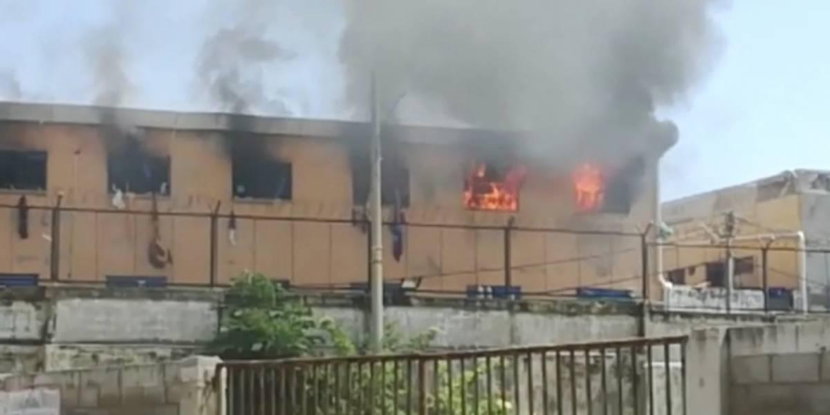 Emergencia por incendio en la Cárcel Modelo de Barranquilla