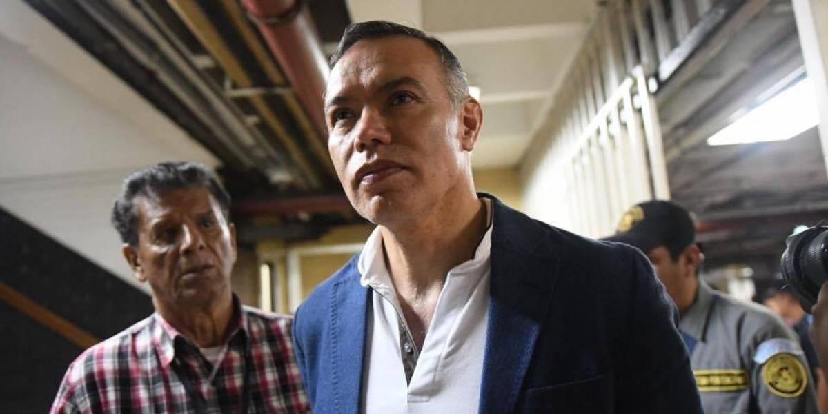 Fiscalía imputa nuevo delito a exdirectivos del Seguro Social