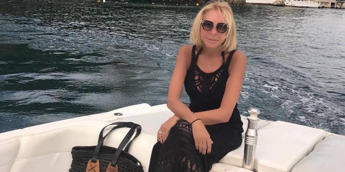 Después de la infidelidad, Laura Bozzo se deja ver en traje de baño