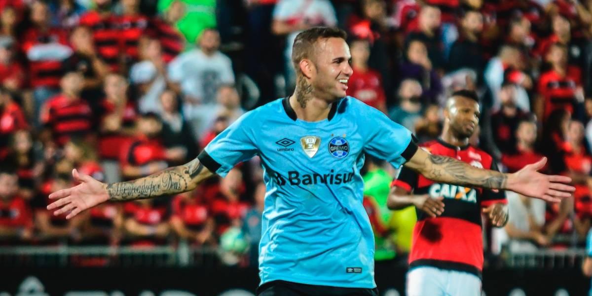 Grêmio anuncia renovação com atacante Luan