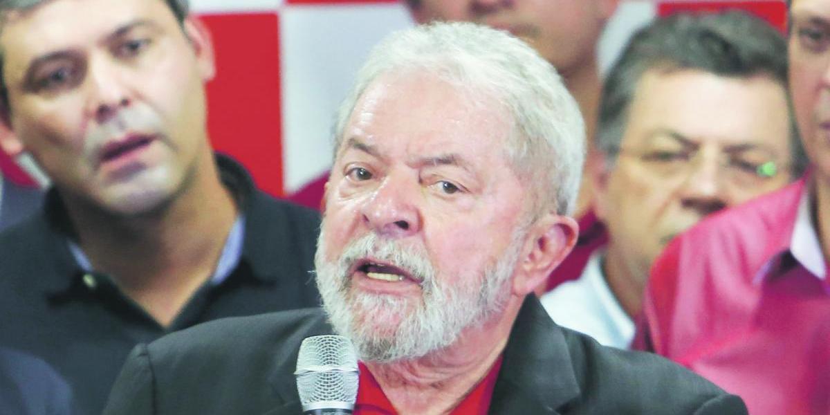 Lula rechaza su condena y mantiene candidatura