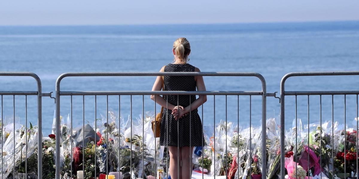 Víctimas del atentado en Niza piden el retiro de la revista Paris Match por utilizar fotos del ataque