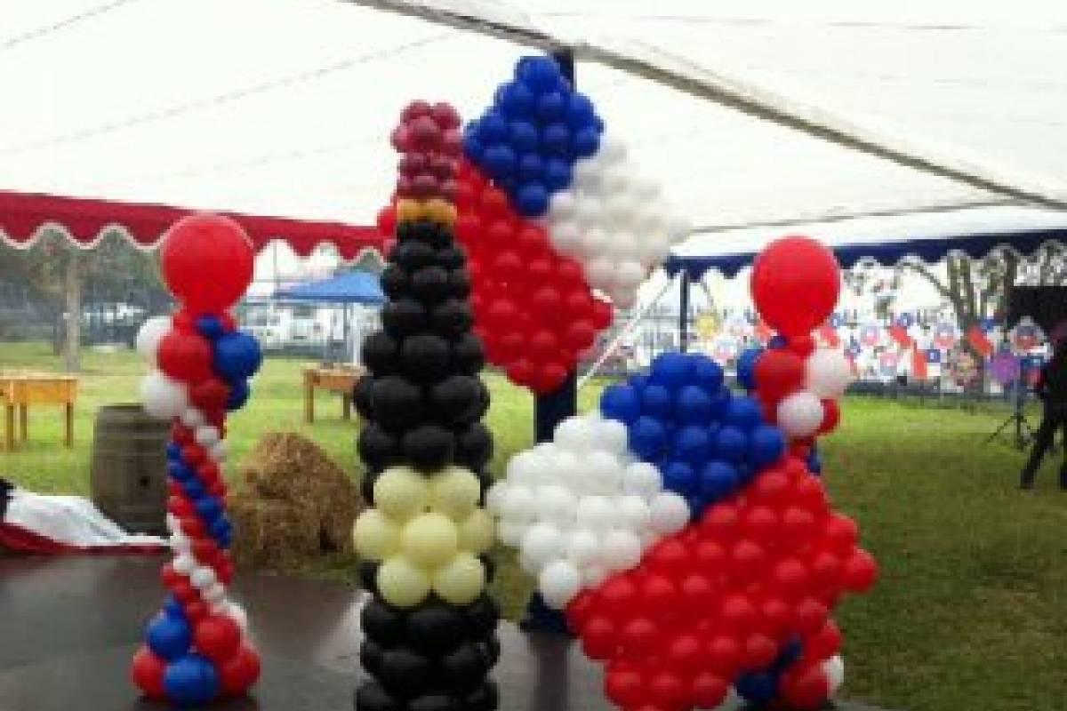 La original decoraci n dieciochera que reemplaz a las Ornamentacion con globos