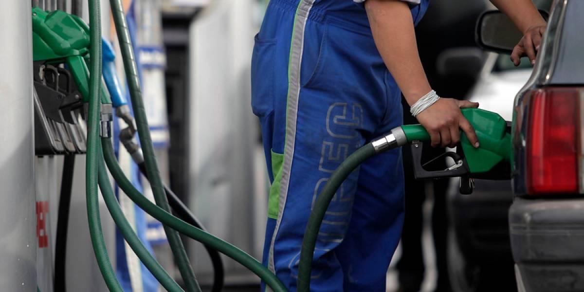 ¡Sufre el bolsillo! Precio de las bencinas subiría a partir del próximo jueves